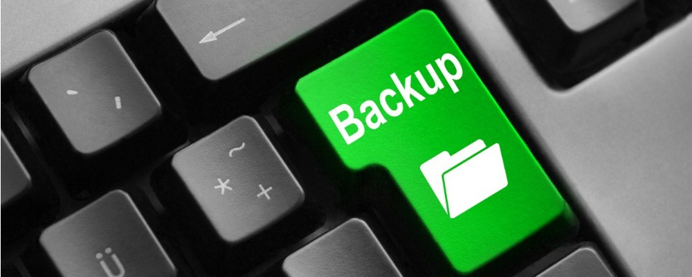 grey keyboard green button digital backup folder picture id532444647 1 - The Importance of Offsite Backup